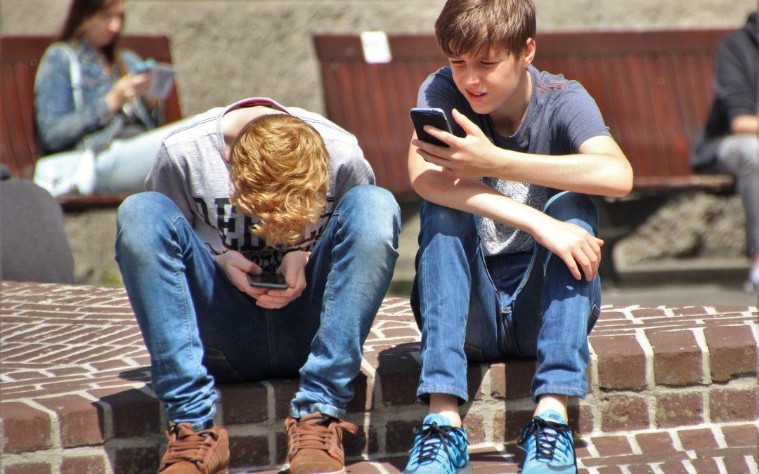 Smartfon, tablet, wirtualny świat – jeśli nie kontrola, to co?